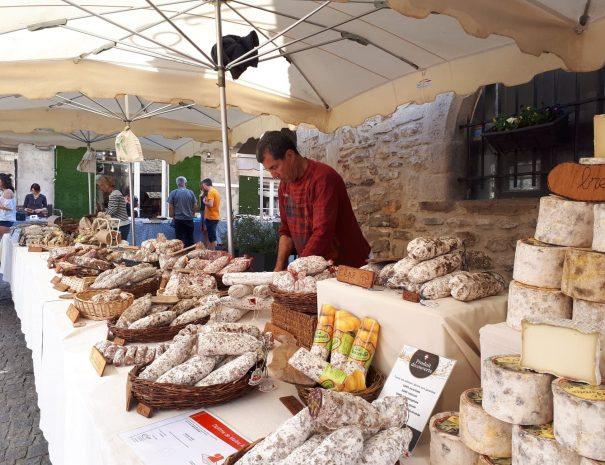 Photo marché des vans ardèche